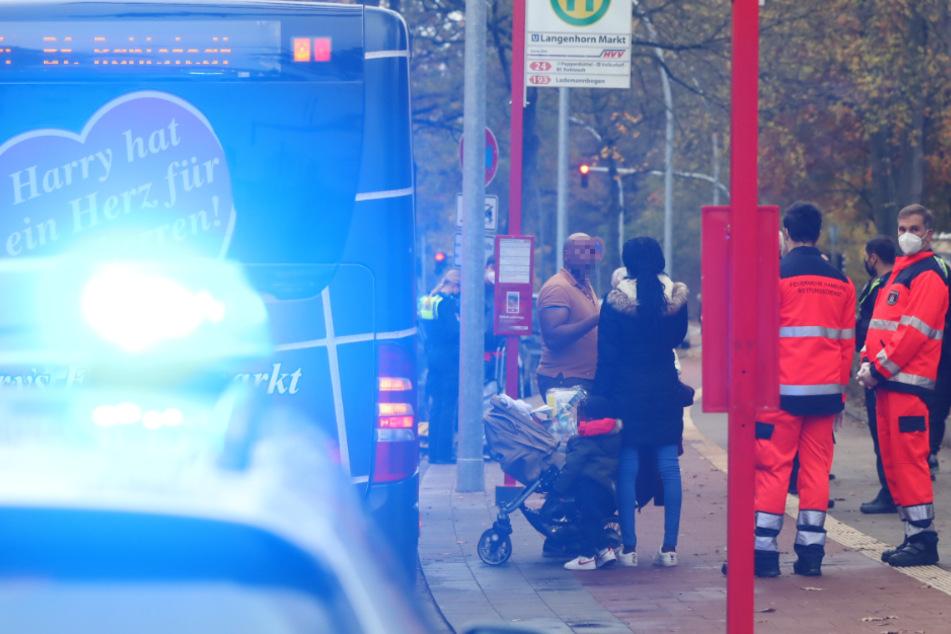 Augenzeugen wählten Notruf! Zwischenfall im HVV-Bus mit mehreren Verletzten