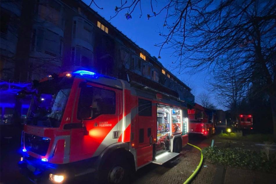 Die Berliner Feuerwehr musste am Freitagmorgen mit einem Großaufgebot zu einem Brand im Helios Klinikum Emil von Behring in Zehlendorf ausrücken.