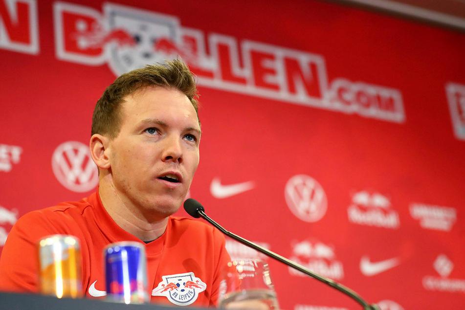 RB-Trainer Julian Nagelsmann (32) sprach am Freitagmittag noch über den kommenden Gegner SC Freiburg am Samstag. Das Spiel fällt nun aber aus.
