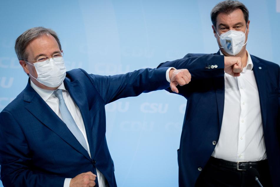 Optimistisch: Armin Laschet (60, l.), CDU-Kanzlerkandidat, CDU-Bundesvorsitzender und Ministerpräsident von Nordrhein-Westfalen, mit Markus Söder (54), CSU-Vorsitzender und Ministerpräsident von Bayern.