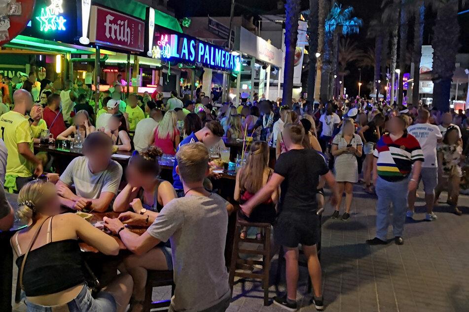 Ist auf Mallorca bald wieder Party angesagt (Archivbild)?