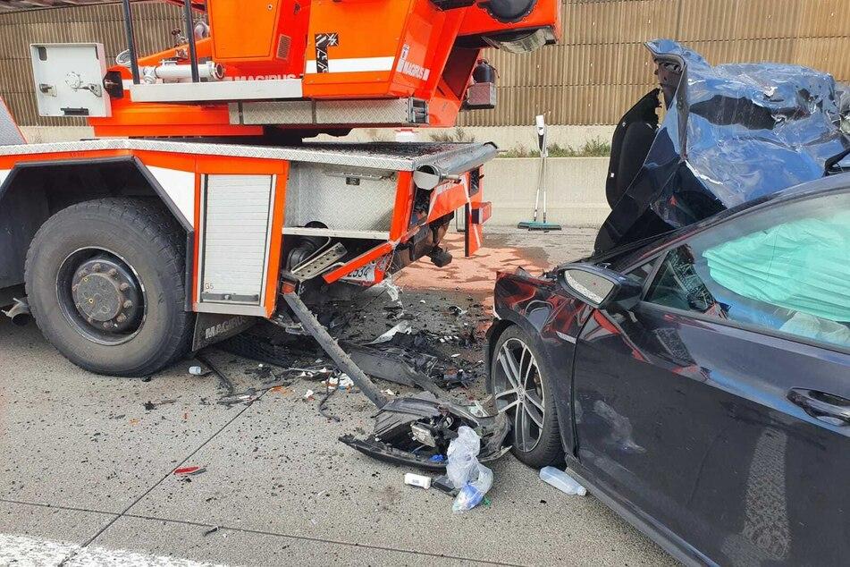 Der Fahrer des Golfs wurde schwer verletzt.