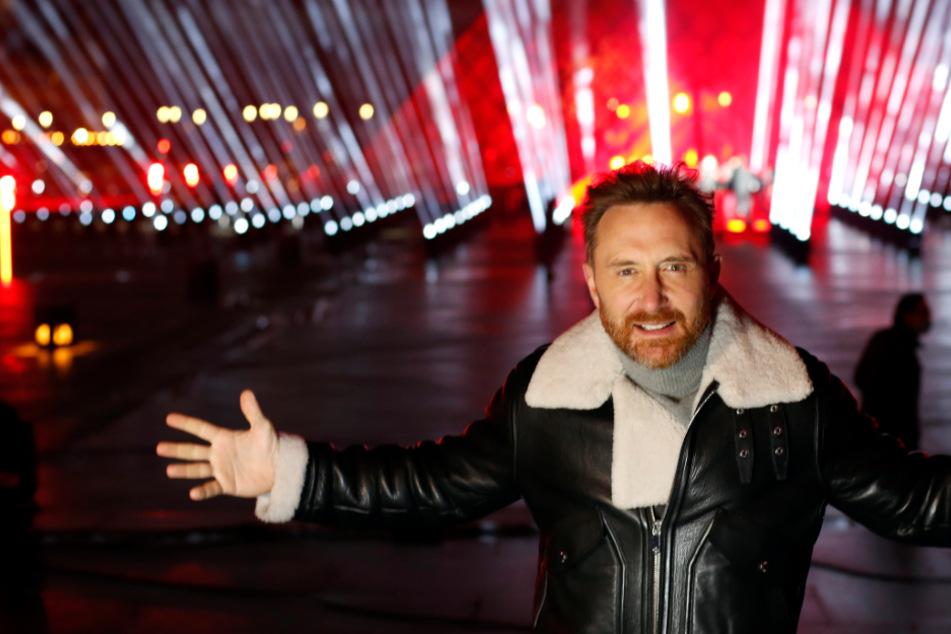 Star-DJ David Guetta lädt zu Silvestershow am Pariser Louvre ein
