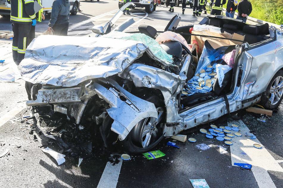 Horror-Crash: Drei Menschen in Lebensgefahr, Kinder unter den Unfallopfern