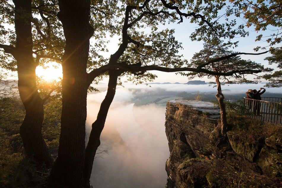 """Besonders in der Region """"Sächsische Schweiz"""" gibt es viele Kurorte. Der Tourismus ist durch die Corona-Krise in der Region zum Stillstand gekommen. (Archivbild)."""