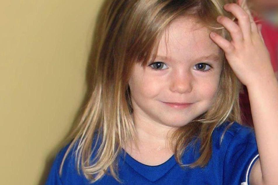 Die Britin Madeleine McCann lächelt auf einem undatierten Kinderfoto vor ihrem Verschwinden vor 13 Jahren.