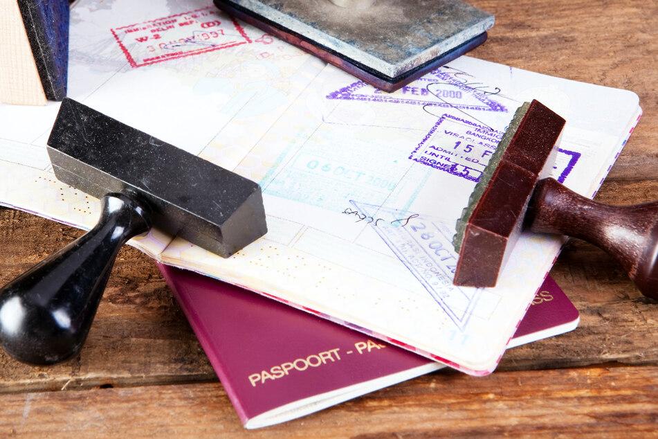 Vorsicht: Mit diesen Stempeln im Reisepass kommt Ihr nicht weit!