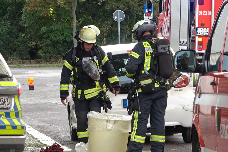 Mit einem Großaufgebot eilten am Samstag Polizei und Feuerwehr zu einem ABC-Alarm in Magdeburg.