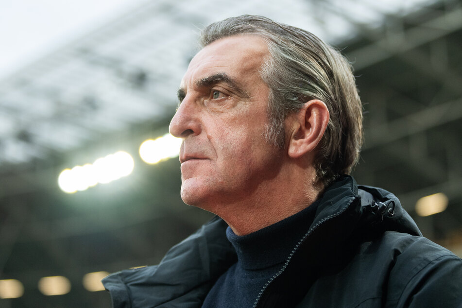 Nach sechs Jahren als Geschäftsführer Sport bei Dynamo Dresden ist nun in diesem Sommer Schluss für Ralf Minge (59).