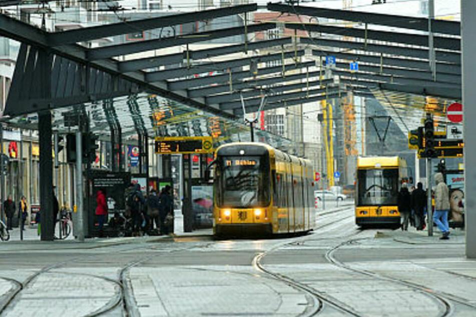 Baustelle in der Dresdner City: DVB-Kunden müssen Umleitungen in Kauf nehmen