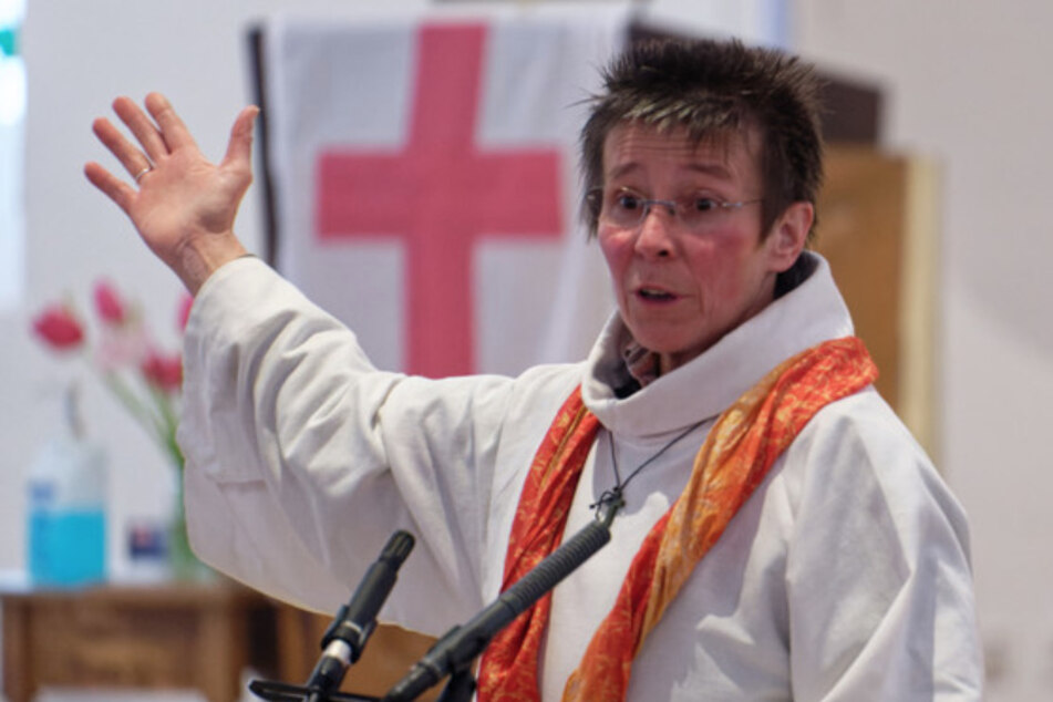 Weil sie es können: Hier setzen sich Frauen über Predigtverbot bei Katholiken hinweg!