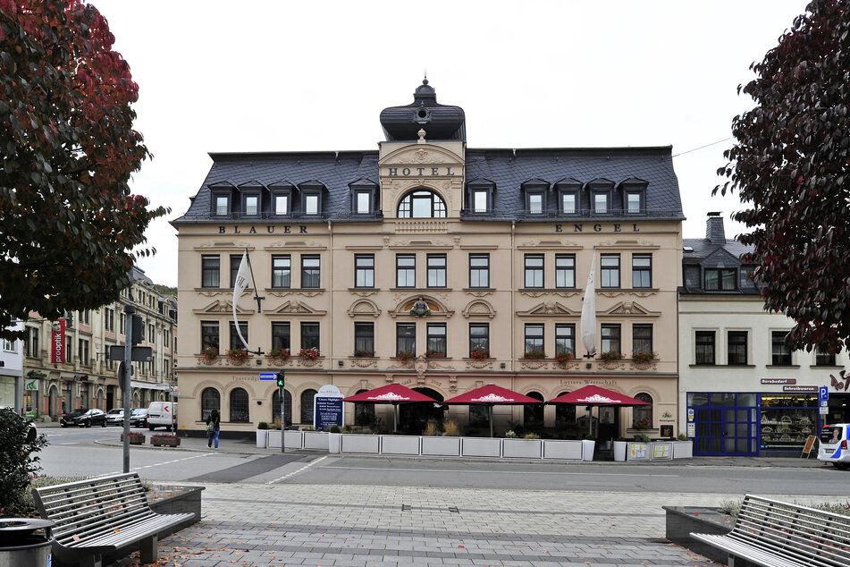 Das Hotel Blauer Engel mit Restaurant am Auer Altmarkt.