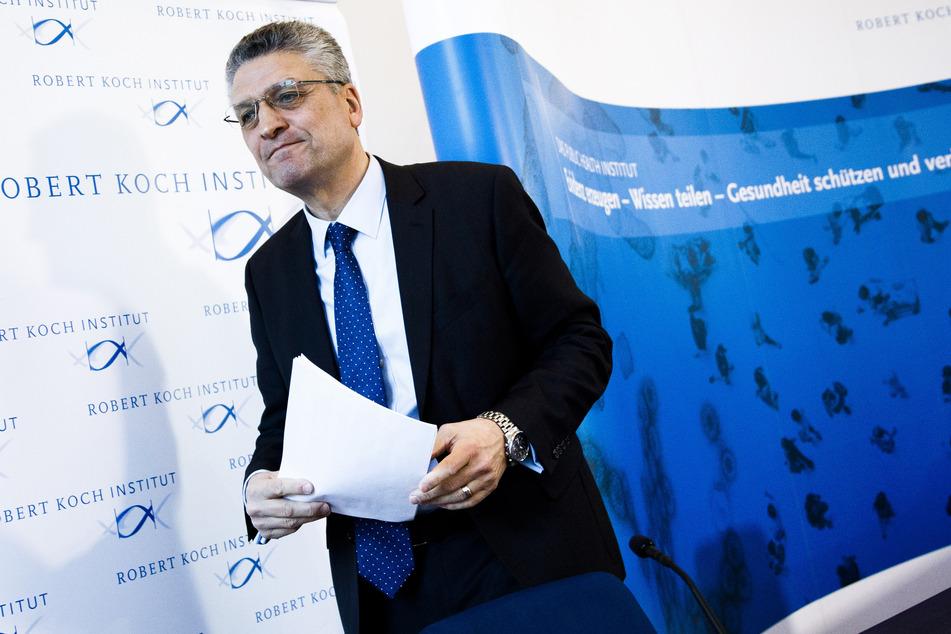 Lothar H. Wieler, Präsident des Robert Koch-Instituts (RKI), verlässt eine Pressekonferenz.
