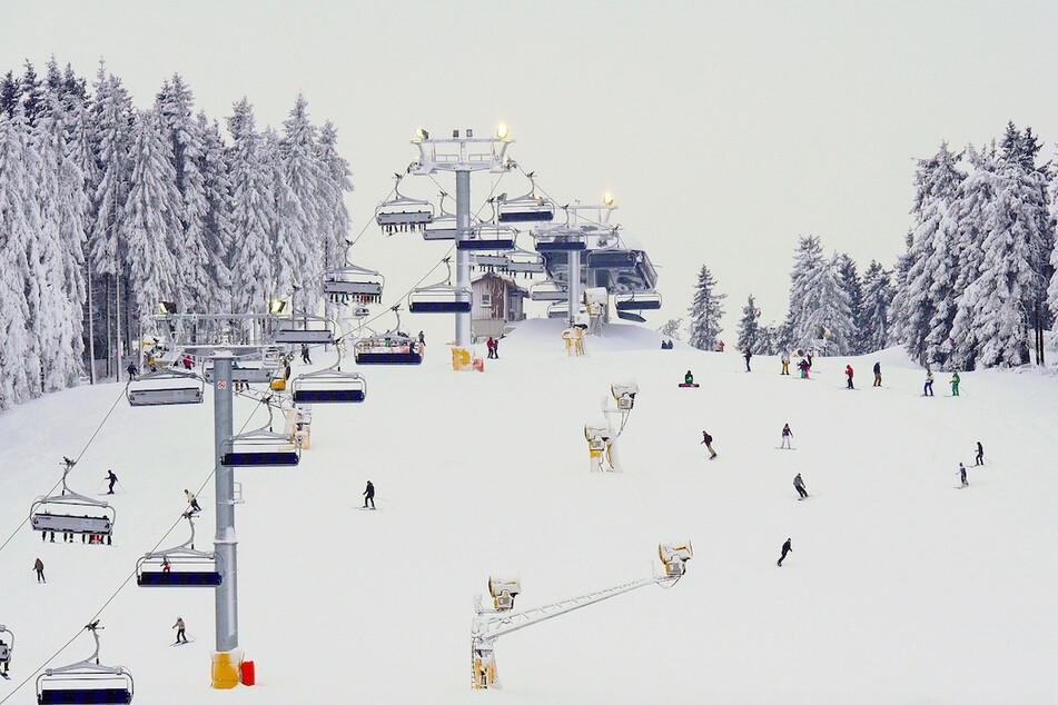 Eine Skipiste bei Winterberg im Sauerland.