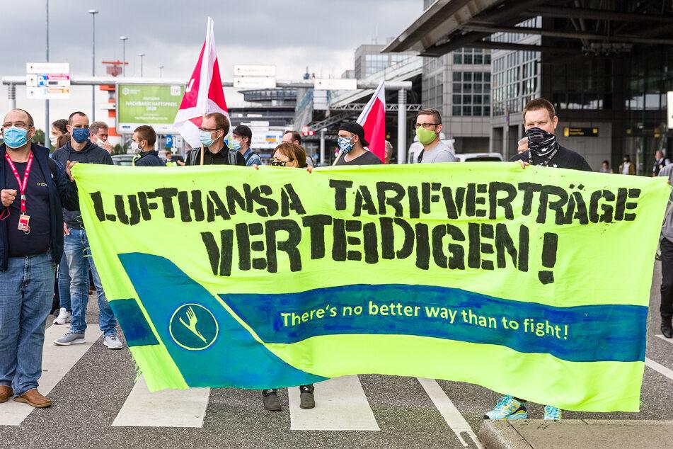 Protest am Flughafen: Verdi befürchtet massiven Personalabbau