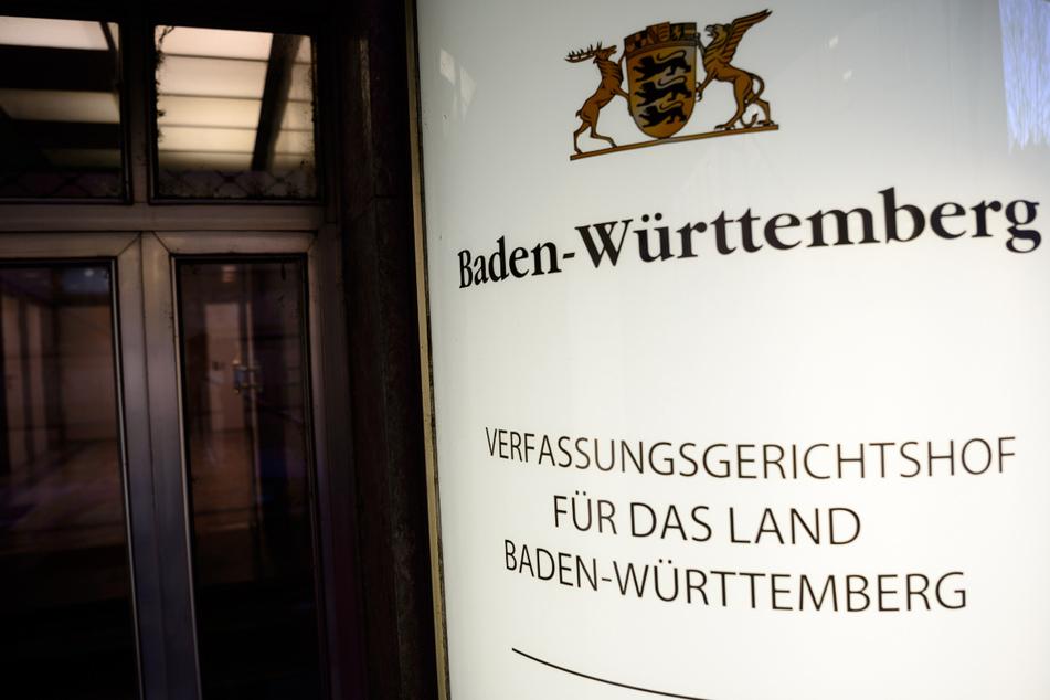 Mitte August wollen die kleinen Parteien eine Klage beim Verfassungsgerichtshof in Stuttgart einreichen. (Archiv)