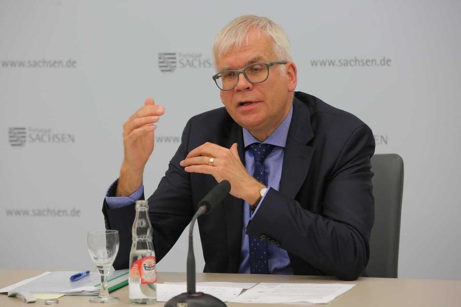 Hartmut Vorjohann, seit Dezember 2019 ist er der Staatsminister der Finanzen des Freistaates Sachsen. Vorjohann war ebenfalls Teil der Klausurtagung und will das Vorhaben unterstützen.