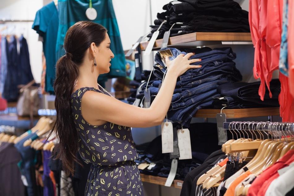 Modehäuser in großer Corona-Krise: Wohin mit der unverkauften Ware?