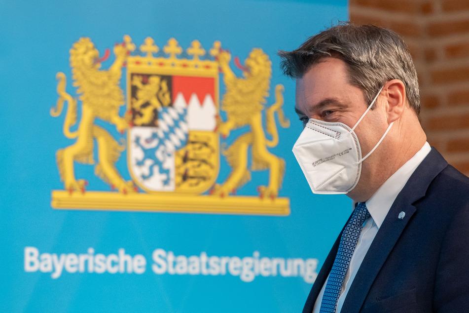Zu einer mögliche Rücknahme von je nach Inzidenz denkbaren Öffnungsschritten sagte Markus Söder, (54, CSU), ob man etwas zurückdrehe, müsse man sehen. Die Mehrheit der Länder sei da eher zurückhaltend.