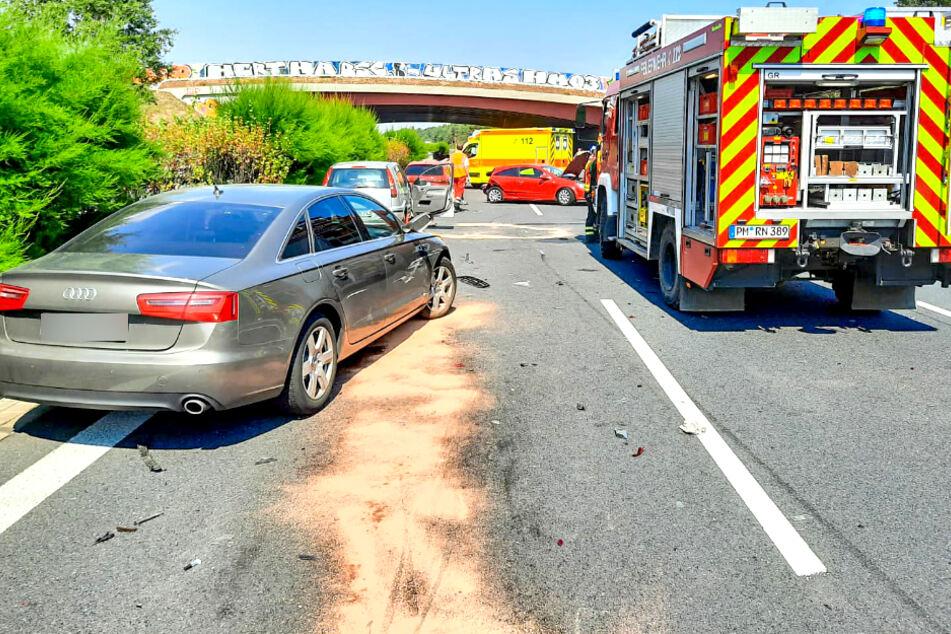 Schwerer Unfall mit mehreren Verletzten auf A9: Stundenlanger Stau bei 35 Grad!