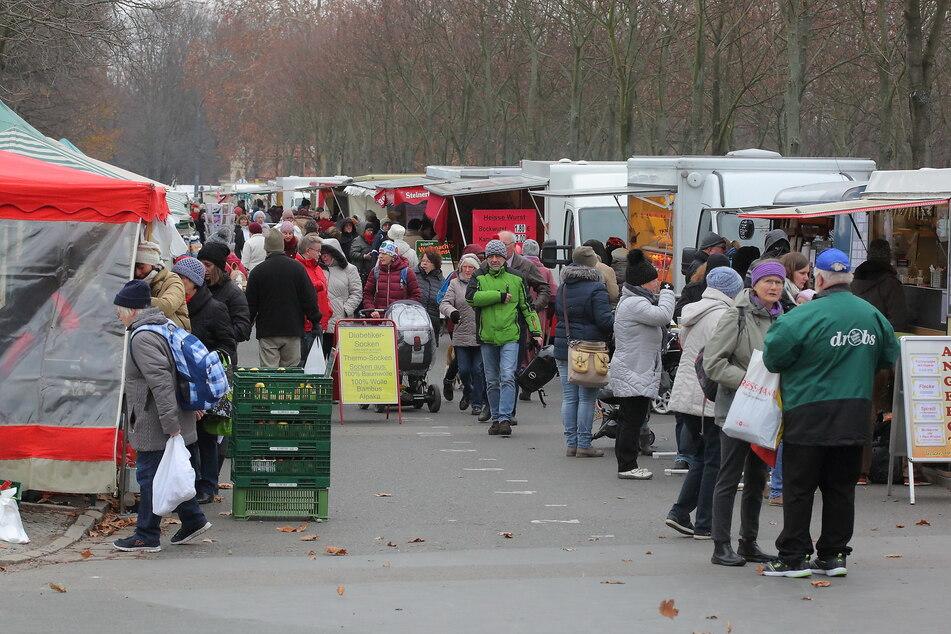 Auch der Wochenmarkt in der Lingnerallee muss vorerst geschlossen bleiben.