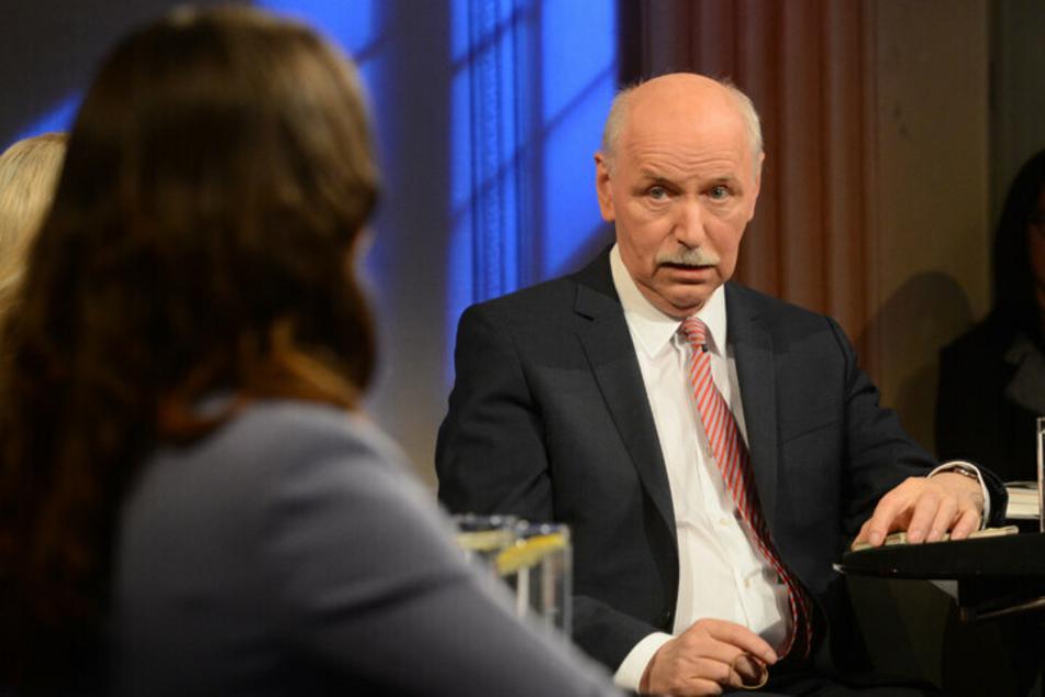 Im März 2014 war Wieland Backes (75) selbst noch der Moderator des Nachtcafés - am Freitag kommt er als Gast. (Archivbild)
