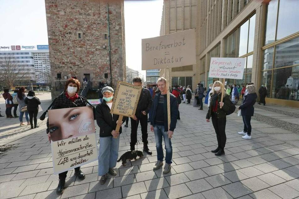 """Chemnitz: Coronavirus in Chemnitz: """"Körpernah und relevant""""-Demo in der Stadt"""