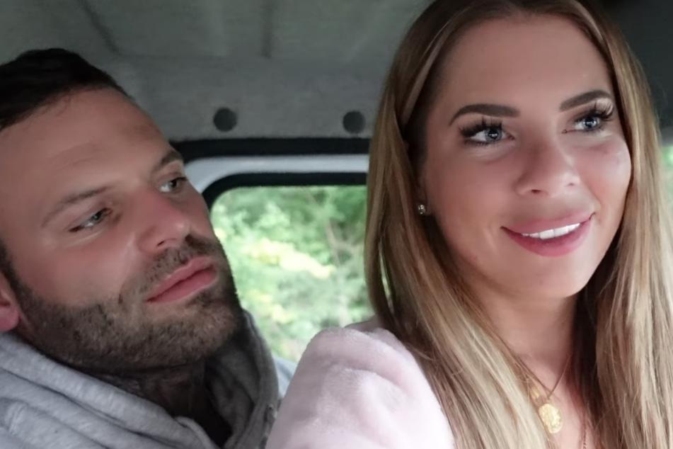 Obwohl alles schiefgeht: Jenny Frankhauser (29) und Steffen König sind glücklich.