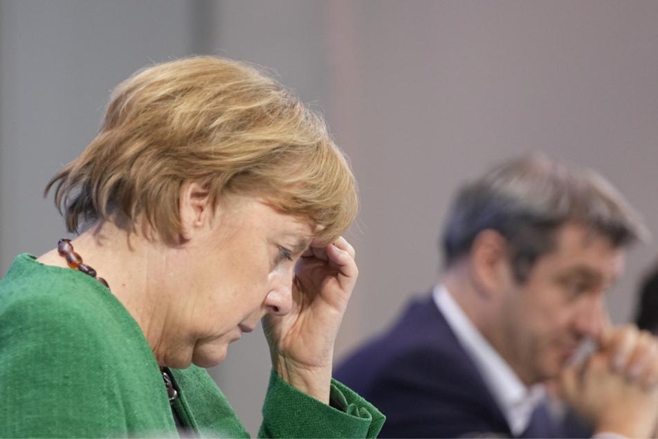 Bundeskanzlerin Angela Merkel (66, CDU) und Bayerns Ministerpräsident Markus Söder (54, CSU) bei der Pressekonferenz im Kanzleramt nach den Beratungen von Bund und Ländern.