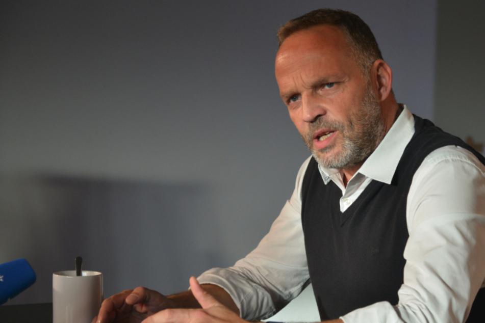 Augustusburgs Oberbürgermeister Dirk Neubauer (48, SPD) spricht sich angesichts der alarmierenden Corona-Zahlen in Sachsen für den angekündigten harten Lockdown aus.