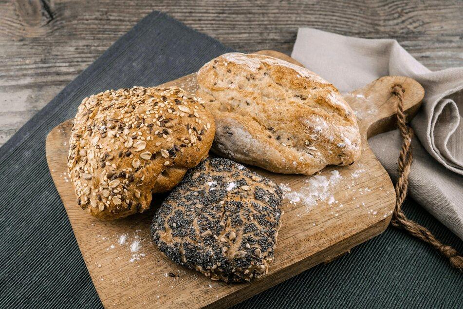 Alte Brötchen und hart gewordenes Brot sind zu schade für die Tonne.