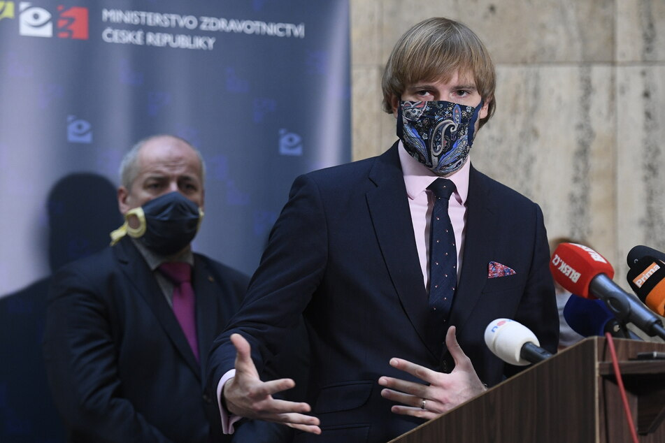 Adam Vojtech, Gesundheitsminister von Tschechien, spricht auf einer Pressekonferenz in Prag über die Entwicklung von COVID-19.