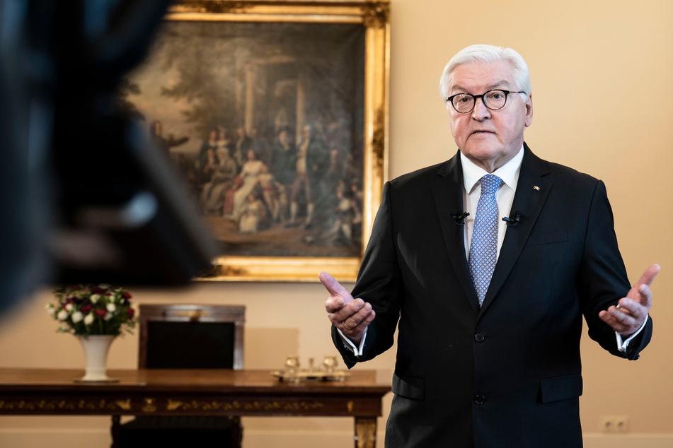 """Bundespräsident wendet sich ans Volk: """"Raufen wir uns alle zusammen, liebe Landsleute!"""""""