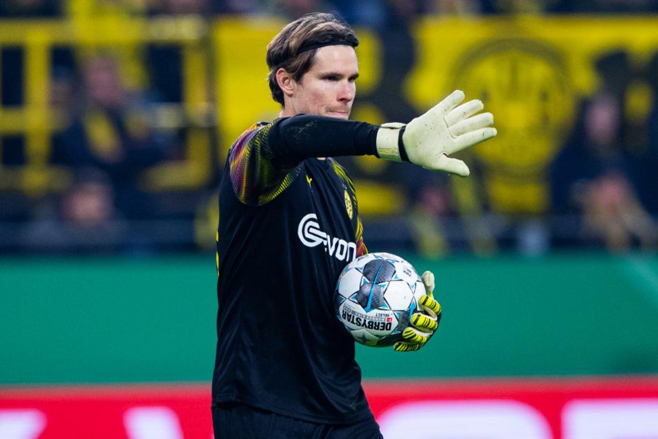Marwin Hitz (33) hütete viermal in Folge das BVB-Tor. Doch wird er auch gegen den FC Schalke 04 weiter im Kasten stehen?