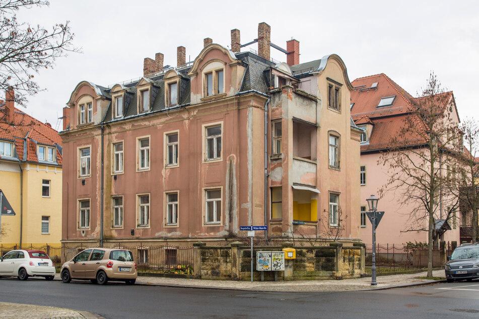 Das Gründerzeithaus an der Wilder-Mann-Straße 44 soll abgerissen werden.