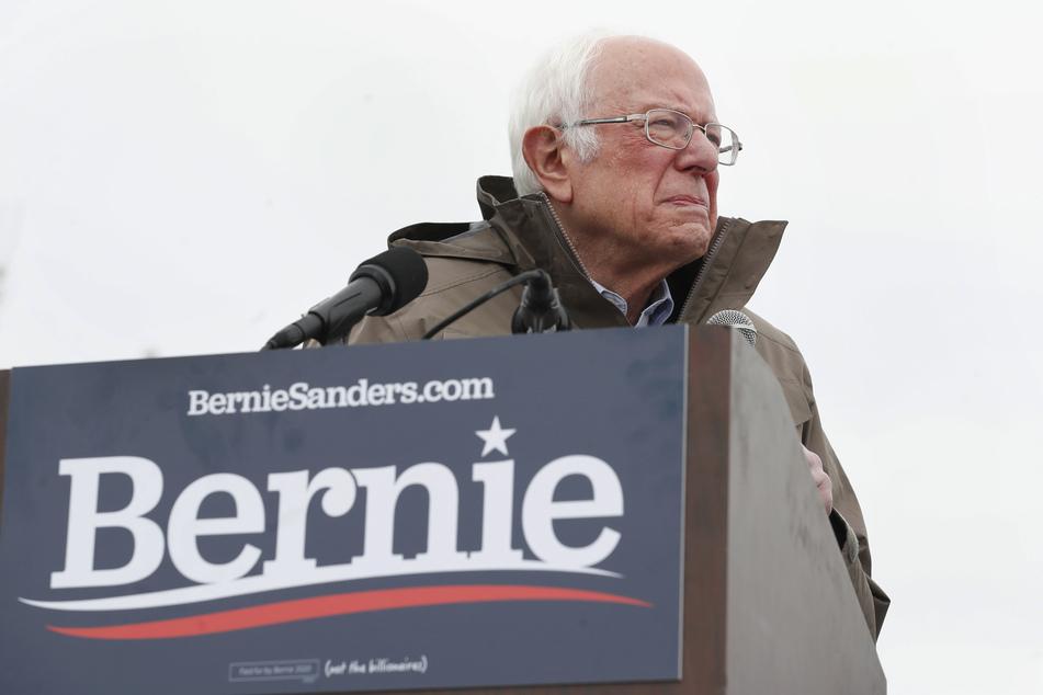Darum wartet Bernie Sanders jetzt grummelig in der Elbphilharmonie