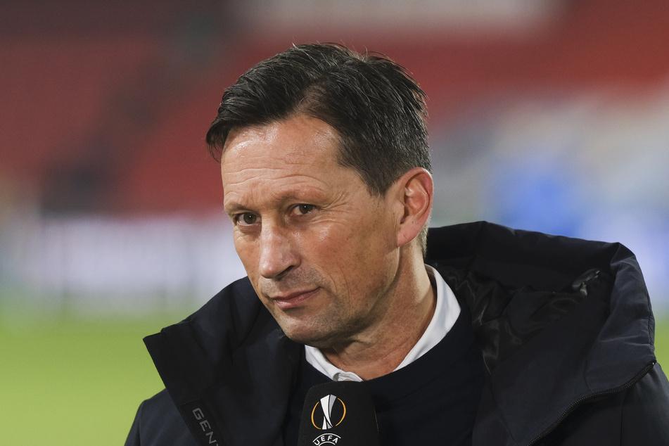 Roger Schmidt (54), Trainer von PSV Eindhoven, scheint schon gar nicht mehr mit Denzel Dumfries (25) und Donyell Malen (22) zu planen.