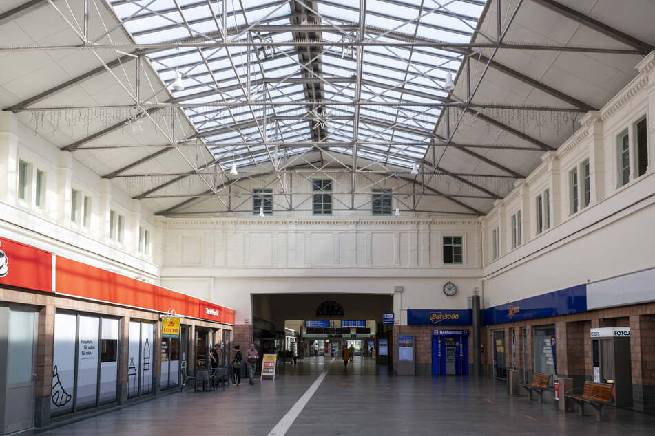 Zum Kulturhauptstadt-Jahr 2025 soll der Hauptbahnhof in einem neuen Licht erstrahlen.