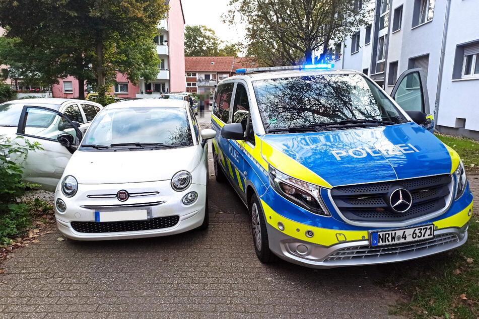 Nachdem die Polizei den Fiat eingeholt hatte, ließ er sich der Fahrer (18) widerstandslos festnehmen.
