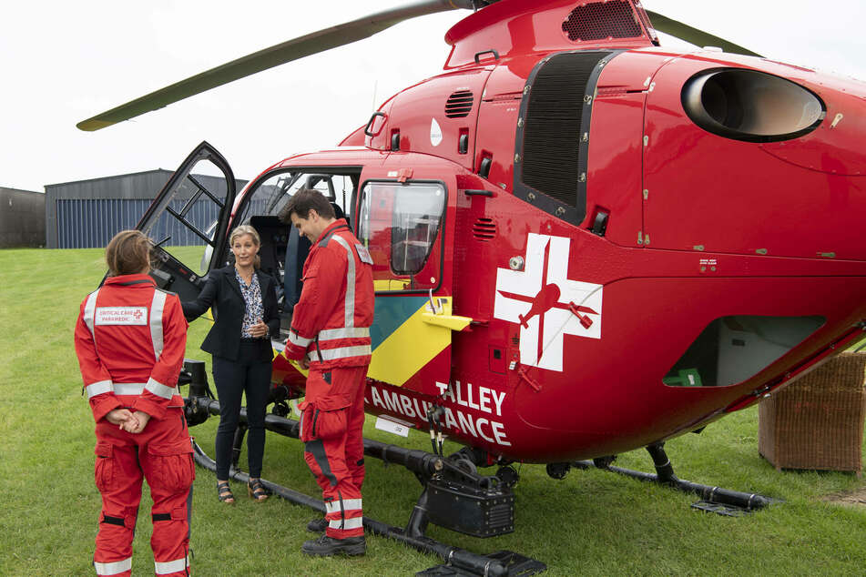 Ruth Saunders raised the equivalent of $41,000 for the Thames Valley Air Ambulance service.