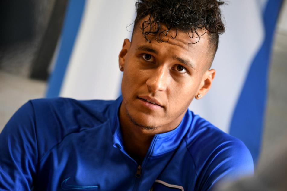Davie Selke (25) im Trainingsanzug seines Ex-Klubs Hertha BSC. Der Bremer Stürmer darf am ersten Spieltag erstmals gegen seinen ehemaligen Arbeitgeber zu Werke gehen.