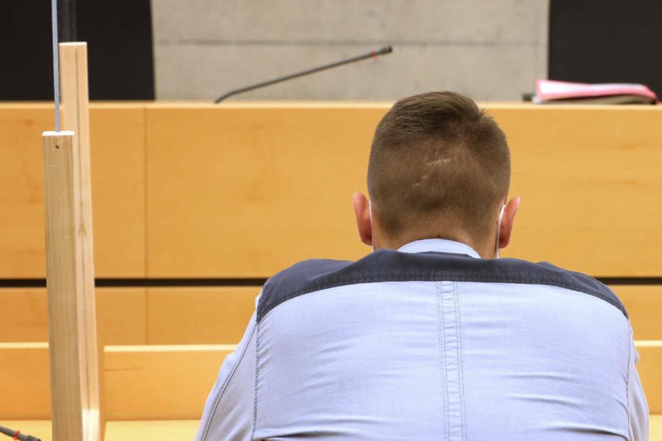 Prozess um totgeraste 20-Jährige: Schwer beschuldigter Beifahrer aus U-Haft entlassen