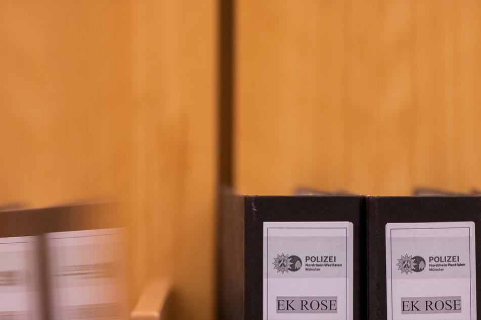 """Das Landgericht verkündet am Dienstag ein weiteres Urteil im Missbrauchskomplex Münster, verantworten muss sich ein Mann (27) aus Aachen. Im Komplex """"Rose"""" laufen bundesweit Verfahren gegen zahlreiche Beschuldigte."""