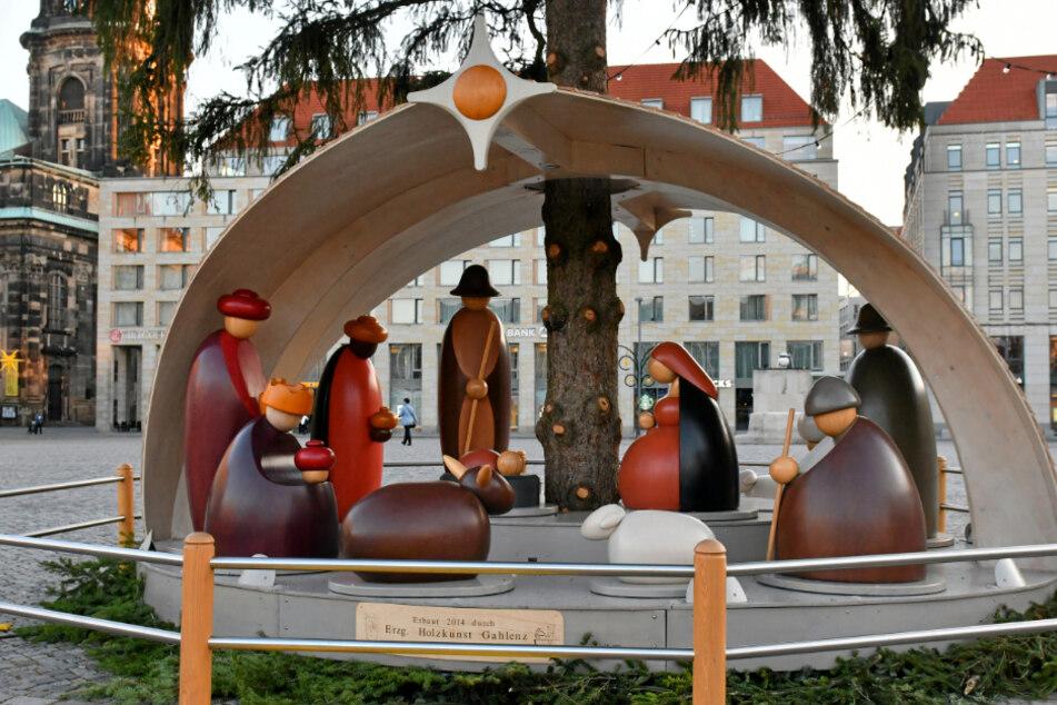 Dresden: Egal, was kommt: Der Altmarkt schmückt sich weihnachtlich