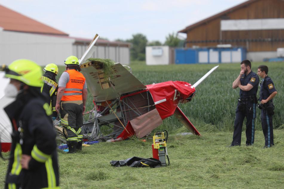 Flugzeug in Schwaben abgestürzt: Pilot stirbt in den Trümmern