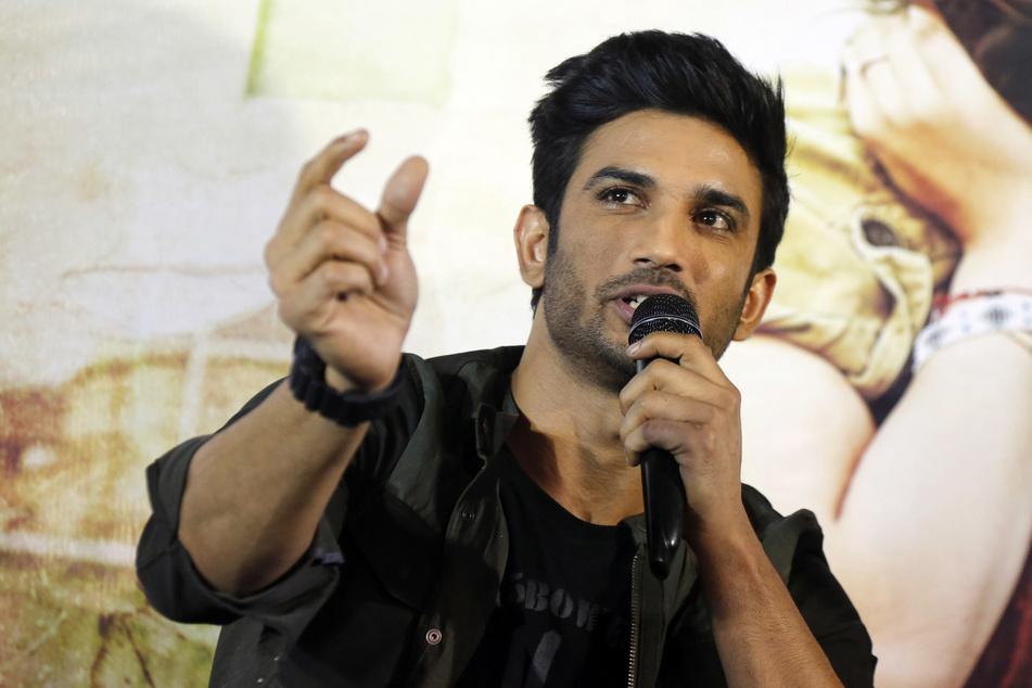 """Sushant Singh Rajput, Bollywood-Schauspieler, spricht während einer Pressekonferenz zur Förderung seines Films """"Raabta"""". Rajput wurde in seiner Residenz in Mumbai tot aufgefunden."""