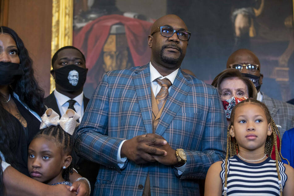 George Floyd's family meets with Biden and lawmakers to discuss police reform on anniversary of his death