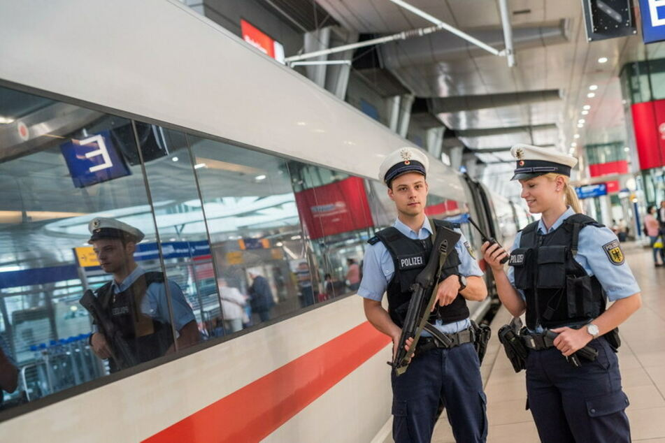 Köln: Kölner Hauptbahnhof: Polizei ertappt Diebe in flagranti