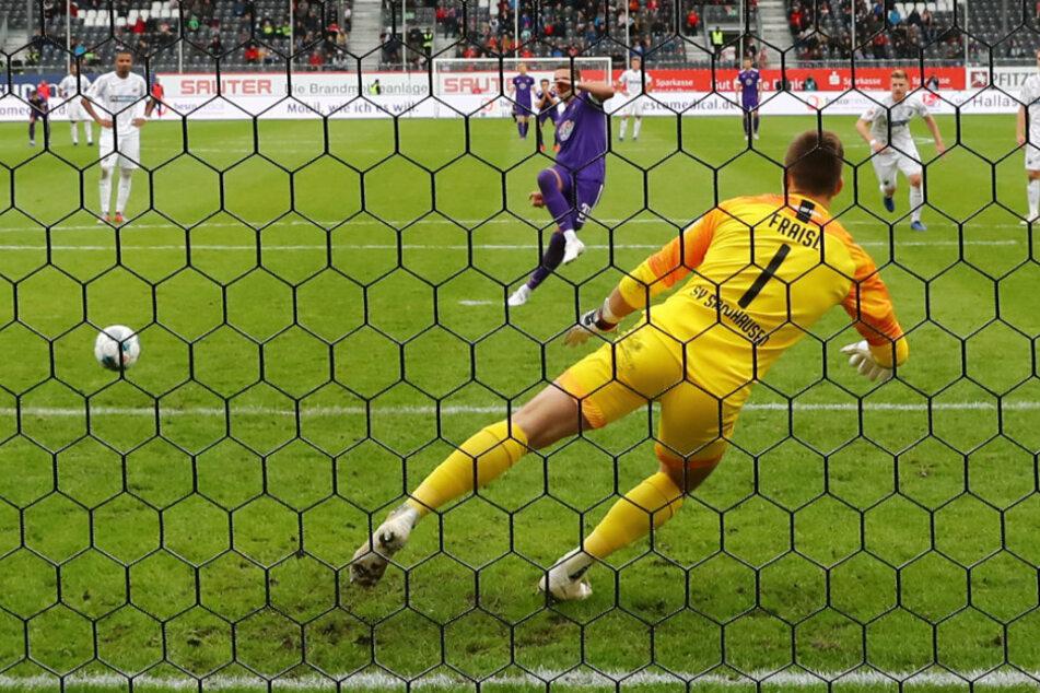Geht es weiter, trifft Aue als erstes daheim auf den SV Sandhausen. Das Hinspiel endete durch diesen verwandelten Handelfmeter von Pascal Testroet 2:2.