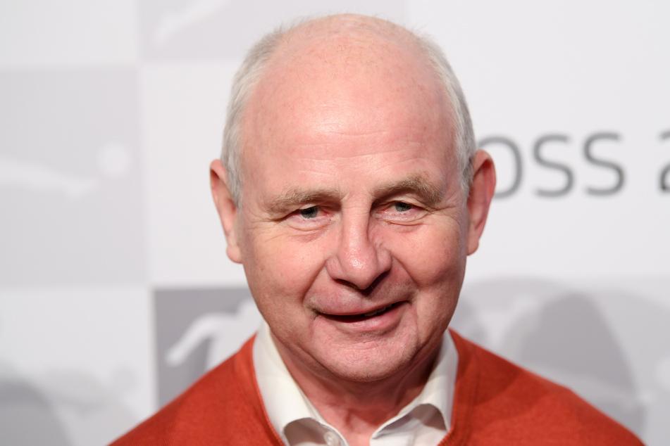 Am Dienstag ist Eintracht-Frankfurt-Legende Bernd Hölzenbein 75 Jahre alt geworden. (Archivbild)